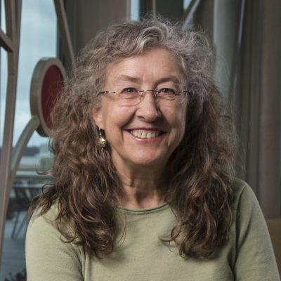Professor Linda Roberts, Ph.D