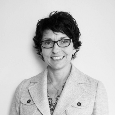 Faculty Associate Lisa Andrews
